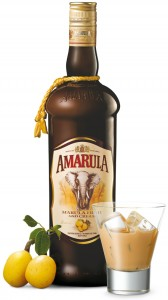 Amarula pack shot with fruit and glass (LR)