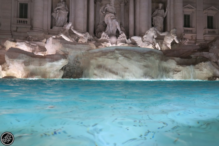 Trevi Fountain 2016