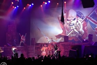 Iron Maiden - Live in Cape Town - Boring Cape Town Chick - 15