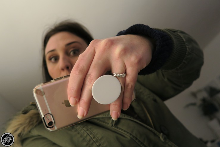 PopSocket - iPhone Handle - Boring Cape Town Chick 9