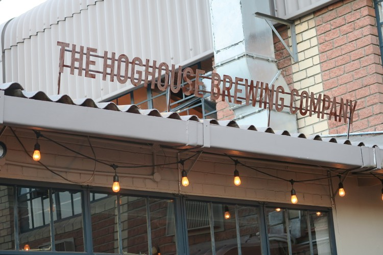 hog-house-review-boring-cape-town-chick-2
