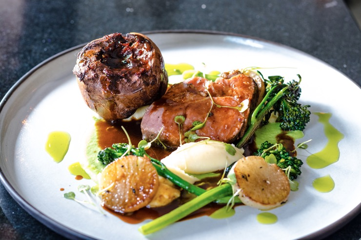 beef steak with mash potatoes and brocolli